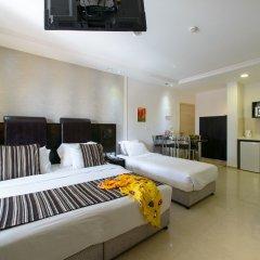 Отель Royalty Suites комната для гостей фото 7