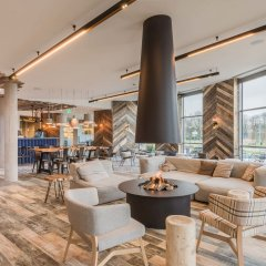 Отель Urban Lodge Hotel Нидерланды, Амстердам - отзывы, цены и фото номеров - забронировать отель Urban Lodge Hotel онлайн гостиничный бар