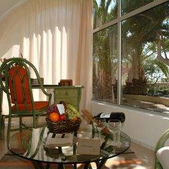 Отель Risco Del Gato Suites The Senses Collection Коста Кальма в номере