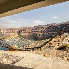 Отель Mujib Chalets Иордания, Ма-Ин - отзывы, цены и фото номеров - забронировать отель Mujib Chalets онлайн приотельная территория фото 2