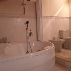 Отель B&B Milano Malpensa Италия, Бусто Арсицио - отзывы, цены и фото номеров - забронировать отель B&B Milano Malpensa онлайн ванная