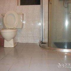 Отель Traveler Hotel Китай, Шэньчжэнь - отзывы, цены и фото номеров - забронировать отель Traveler Hotel онлайн ванная фото 2
