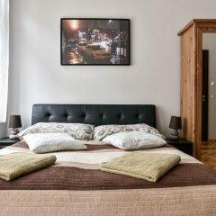 Апартаменты Corvin Point Rooms and Apartments комната для гостей фото 9
