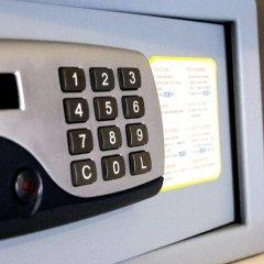 Отель City Hotel Merano Италия, Меран - отзывы, цены и фото номеров - забронировать отель City Hotel Merano онлайн сейф в номере
