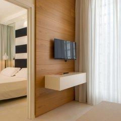 Отель Metropol Ceccarini Suite Риччоне комната для гостей фото 16