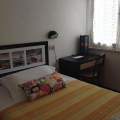 Hotel Arlesiana Римини удобства в номере фото 2