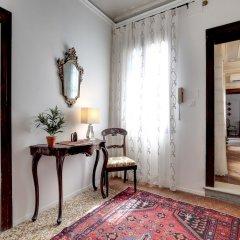 Отель San Vidal - WR Apartments Италия, Венеция - отзывы, цены и фото номеров - забронировать отель San Vidal - WR Apartments онлайн удобства в номере фото 2