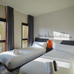 Отель easyHotel Barcelona Fira Испания, Оспиталет-де-Льобрегат - отзывы, цены и фото номеров - забронировать отель easyHotel Barcelona Fira онлайн комната для гостей