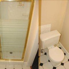 Отель Windsor Guest House Канада, Ванкувер - отзывы, цены и фото номеров - забронировать отель Windsor Guest House онлайн ванная фото 2