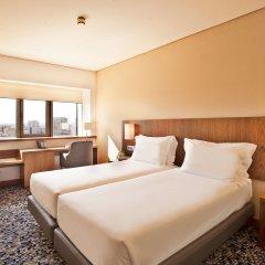 Отель Ramada by Wyndham Lisbon комната для гостей фото 4