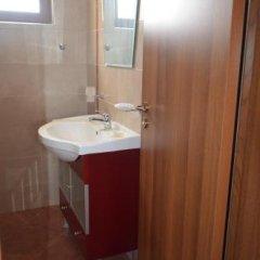 Отель Guesthouse Opal Болгария, Равда - отзывы, цены и фото номеров - забронировать отель Guesthouse Opal онлайн ванная фото 2