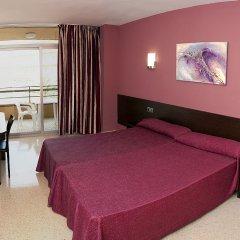 Отель Medplaya Hotel Calypso Испания, Салоу - отзывы, цены и фото номеров - забронировать отель Medplaya Hotel Calypso онлайн комната для гостей фото 5