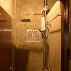 Отель Folktel 39 - Hostel Таиланд, Бангкок - отзывы, цены и фото номеров - забронировать отель Folktel 39 - Hostel онлайн ванная фото 2