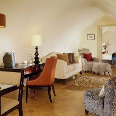 Отель Mandarin Oriental, Prague Чехия, Прага - отзывы, цены и фото номеров - забронировать отель Mandarin Oriental, Prague онлайн комната для гостей фото 3