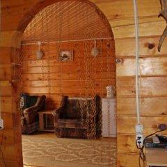 Гостиница Holiday House Aveliya в Катуни отзывы, цены и фото номеров - забронировать гостиницу Holiday House Aveliya онлайн Катунь комната для гостей фото 4