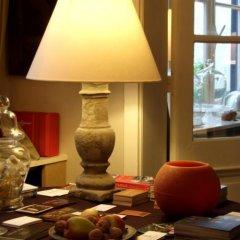 Отель De Koning van Spanje Антверпен гостиничный бар