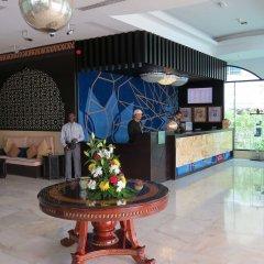 Al Jawhara Gardens Hotel интерьер отеля фото 3
