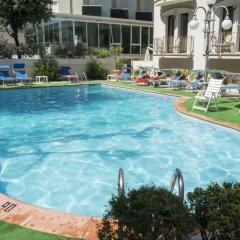 Отель Ambassador Италия, Римини - 1 отзыв об отеле, цены и фото номеров - забронировать отель Ambassador онлайн спортивное сооружение