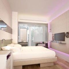 Отель YOTEL Singapore Orchard Road 4* Стандартный номер с различными типами кроватей