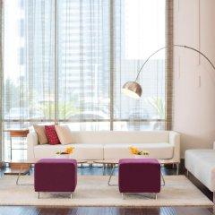 Отель Pullman Dubai Jumeirah Lakes Towers гостиничный бар