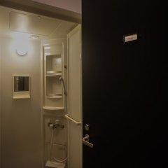 Отель BOOK AND BED TOKYO FUKUOKA - Hostel Япония, Тэндзин - отзывы, цены и фото номеров - забронировать отель BOOK AND BED TOKYO FUKUOKA - Hostel онлайн ванная