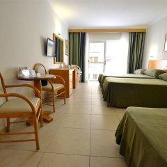 Qawra Palace Hotel комната для гостей фото 4