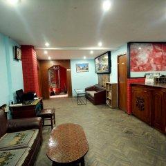 Отель Holy Lodge Непал, Катманду - 1 отзыв об отеле, цены и фото номеров - забронировать отель Holy Lodge онлайн интерьер отеля