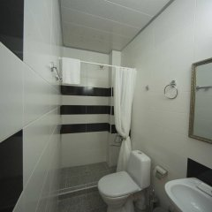 Отель Log Inn Boutique Тбилиси ванная