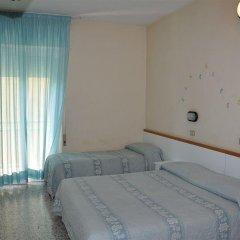 Отель Mondial Италия, Римини - отзывы, цены и фото номеров - забронировать отель Mondial онлайн комната для гостей фото 2