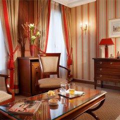 Отель Rochester Champs Elysees Франция, Париж - 1 отзыв об отеле, цены и фото номеров - забронировать отель Rochester Champs Elysees онлайн удобства в номере фото 2