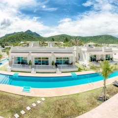 Отель Oriental Beach Pearl Resort бассейн