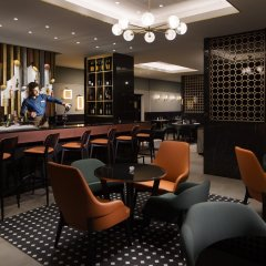 Отель Crowne Plaza Zürich гостиничный бар