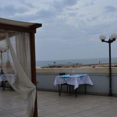 Отель Sbarcadero Hotel Италия, Сиракуза - отзывы, цены и фото номеров - забронировать отель Sbarcadero Hotel онлайн пляж