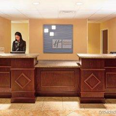 Отель Holiday Inn Express & Suites Niagara Falls США, Ниагара-Фолс - отзывы, цены и фото номеров - забронировать отель Holiday Inn Express & Suites Niagara Falls онлайн интерьер отеля фото 2