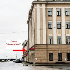 Hotel Nezhinskiy парковка