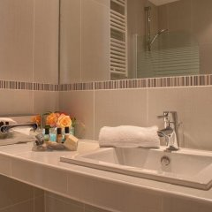 Отель Hôtel Champs Elysees Friedland ванная