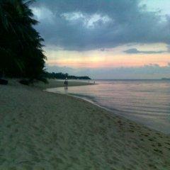 Отель Palm Point Village пляж
