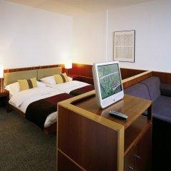 Отель K+K Hotel Maria Theresia Австрия, Вена - 3 отзыва об отеле, цены и фото номеров - забронировать отель K+K Hotel Maria Theresia онлайн удобства в номере фото 2