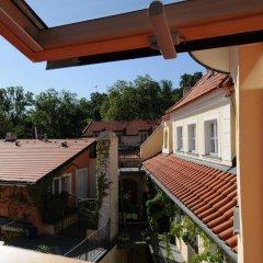 Отель PVH Charming Flats Vlasska Чехия, Прага - отзывы, цены и фото номеров - забронировать отель PVH Charming Flats Vlasska онлайн балкон