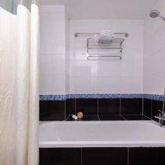 Отель Pratunam Pavilion Бангкок ванная