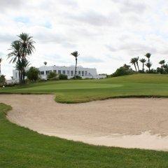 Отель Vincci Djerba Resort Тунис, Мидун - отзывы, цены и фото номеров - забронировать отель Vincci Djerba Resort онлайн спортивное сооружение