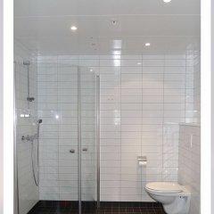 Отель Gauk Apartments Sentrum 3 Норвегия, Санднес - отзывы, цены и фото номеров - забронировать отель Gauk Apartments Sentrum 3 онлайн ванная фото 2