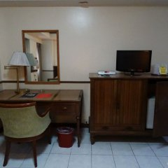 Отель Garden Plaza Hotel Филиппины, Манила - отзывы, цены и фото номеров - забронировать отель Garden Plaza Hotel онлайн удобства в номере фото 2