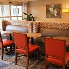 Отель Holiday Inn Express & Suites Ashland интерьер отеля фото 2