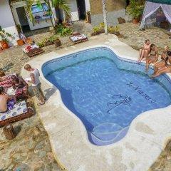 Viajero Cali Hostel & Salsa School бассейн