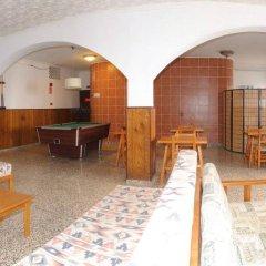 Отель Hostal Montaña интерьер отеля фото 2