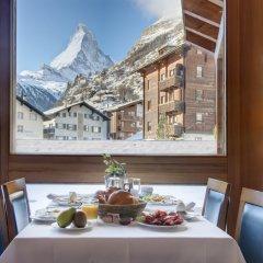 Отель Metropol & Spa Zermatt Швейцария, Церматт - отзывы, цены и фото номеров - забронировать отель Metropol & Spa Zermatt онлайн питание фото 2