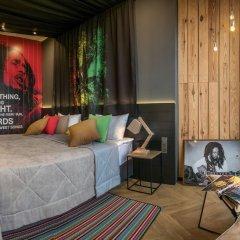 Design hotel Rooms & Rumors комната для гостей фото 4