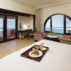 Отель Vivanta By Taj Fort Aguada Гоа в номере