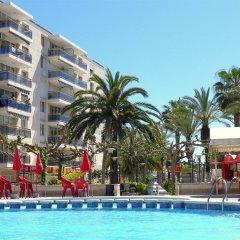 Отель Apartamentos Los Peces Rentalmar Испания, Салоу - 1 отзыв об отеле, цены и фото номеров - забронировать отель Apartamentos Los Peces Rentalmar онлайн бассейн фото 2